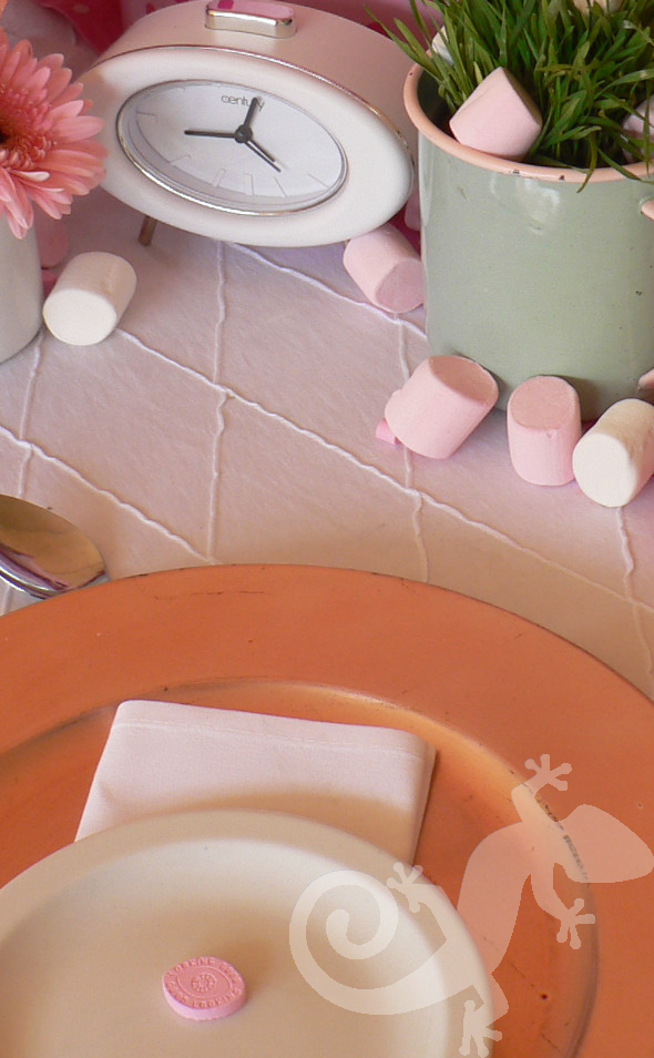 Alice in Wonderland, table setting, marshmallows