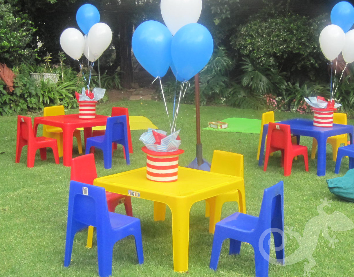Cat in the Hat, Baby, kids tables garden, baloons