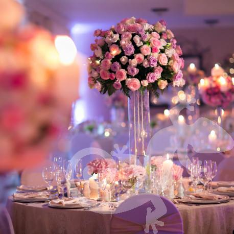 I do...first wedding portfolio, sumptious centrepieces, roses and glassware