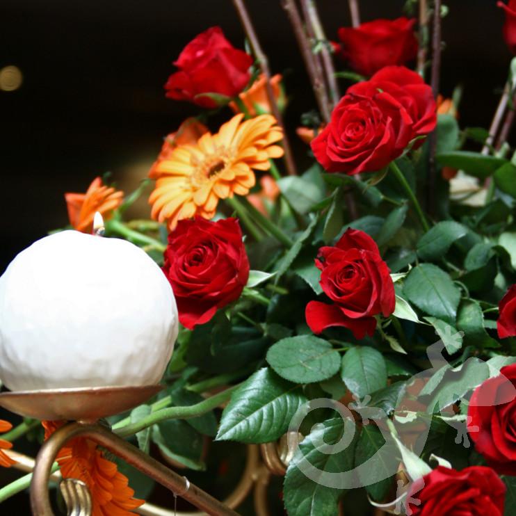 Classic elegance centrepiece, candle, warm colours