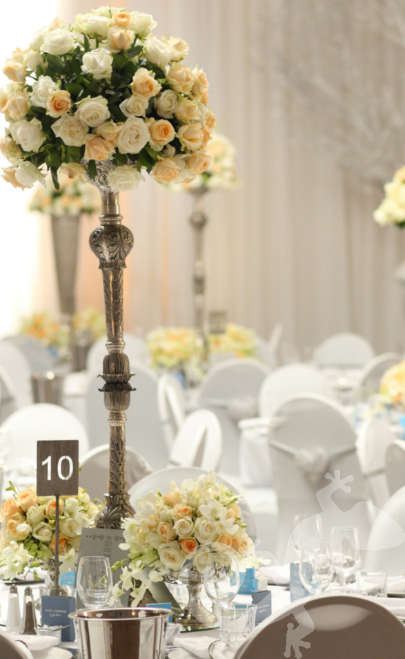 classic elegance, I do, white wedding, roses, style, antique candelabrum